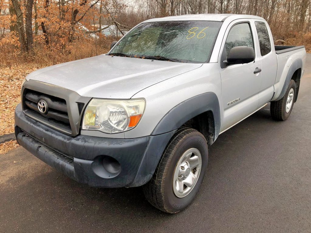 Salvage Title Toyota Tacoma Rebuildable